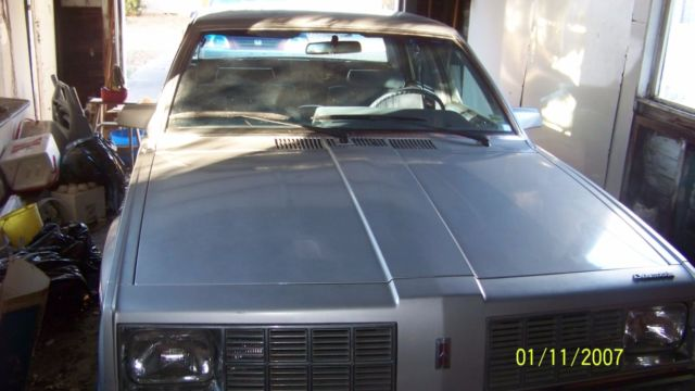 1984 Other Makes Oldsmobile Omega 4-door
