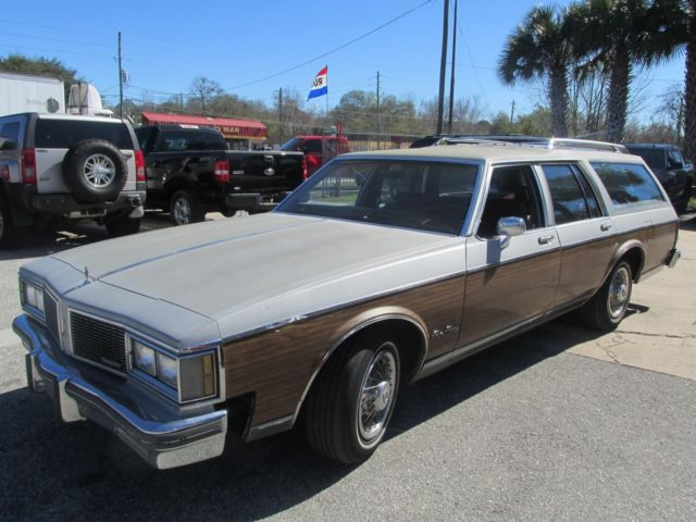 1984 Oldsmobile Custom Cruiser