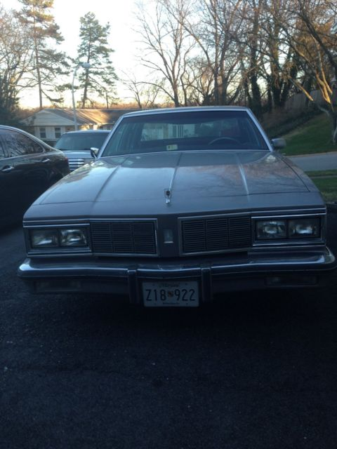 1984 Oldsmobile Eighty-Eight delta 88 brougham royal