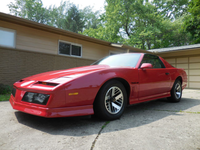19840000 Pontiac Firebird Trans Am