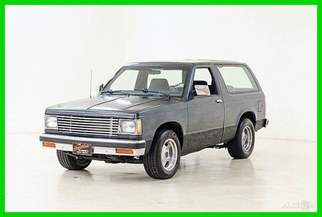 1985 Chevrolet S-10 2dr SUV