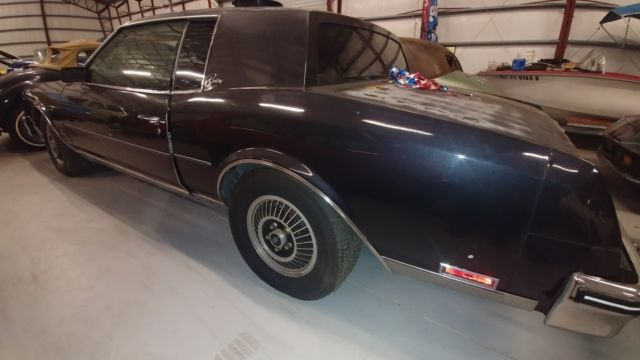 1985 Buick Riviera T Type 2dr Turbo Coupe