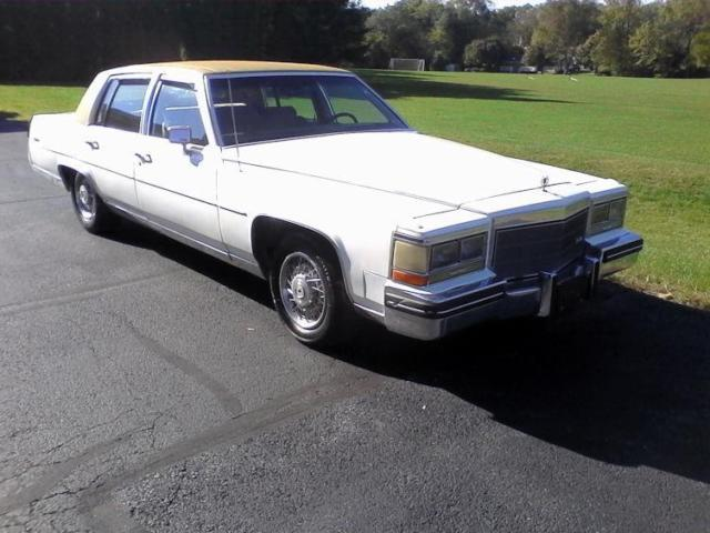 1985 Cadillac Fleetwood Brougham White Beauty for sale photos