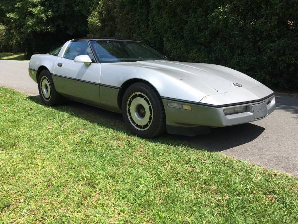 1985 Chevrolet Corvette 2dr Coupe