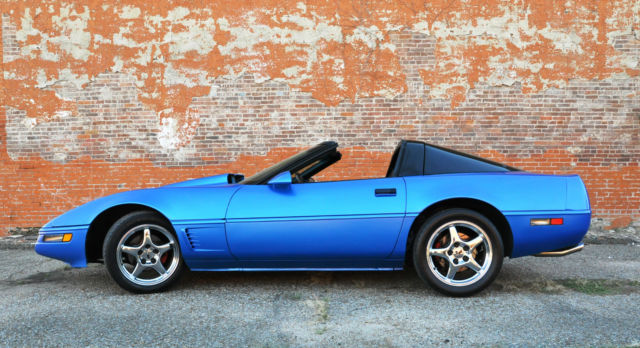 1985 Chevrolet Corvette Base Hatchback 2-Door