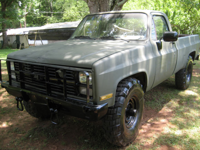 1985 Chevrolet D30 4x4 M1008 Military truck for sale: photos