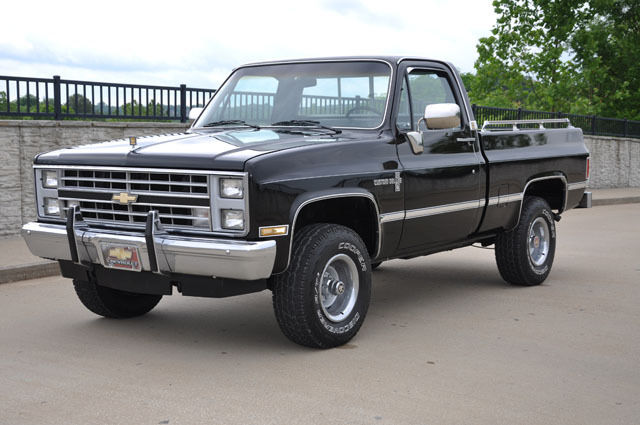 1985 chevrolet k10 shortbed 4x4 pickup truck short wide bed for sale photos technical. Black Bedroom Furniture Sets. Home Design Ideas
