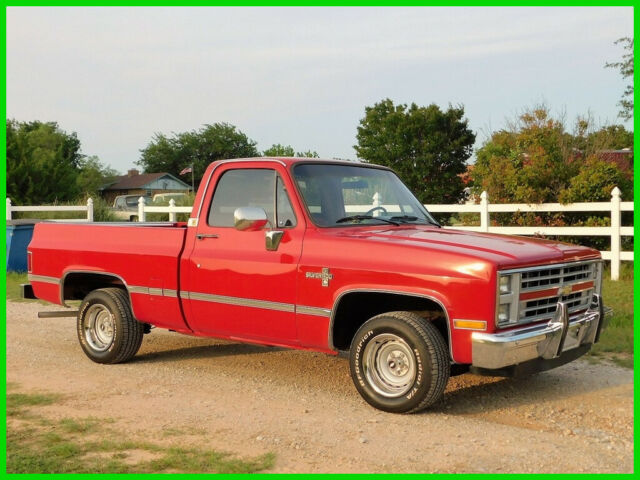 1985 Chevrolet C10 Chevy C-10 Short Bed Survivor Pickup Truck, Square Body C10