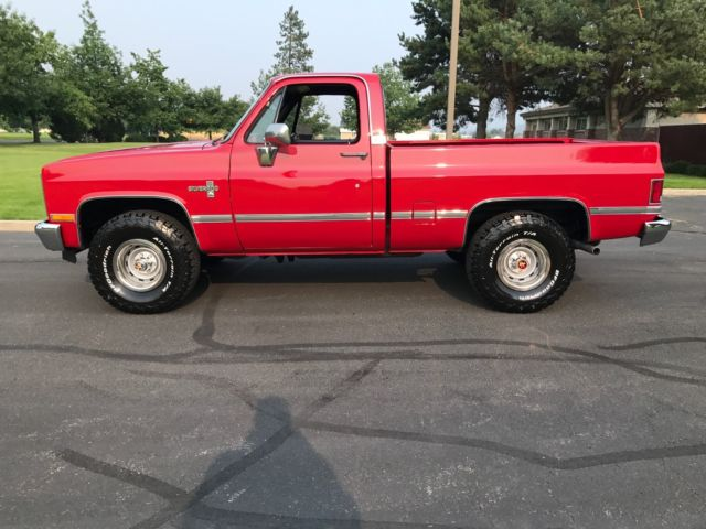 1985 chevy truck 4x4 k10 short bed silverado loaded low miles in 1979 Chevy K10 1985 chevy truck 4x4 k10 short bed silverado loaded low miles in great shape k10