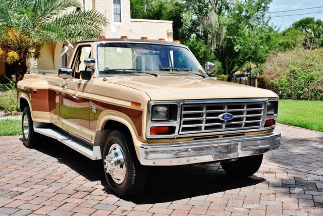 1985 Ford F-350 24k Original Miles Diesel 4-Speed Immaculate