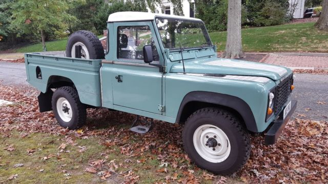 1985 Land Rover Defender High Capacity