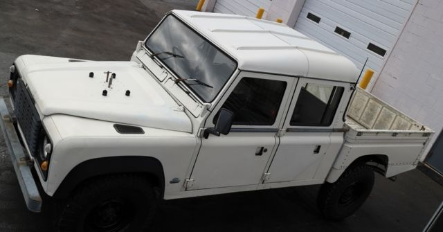 1985 Land Rover Defender HCPU RHD 127/130  5.3L 6-speed auto
