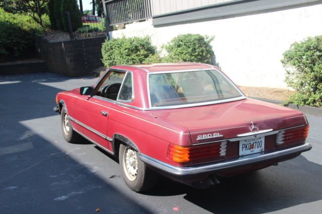 1985 Mercedes-Benz 200-Series Hard Top and Convertible