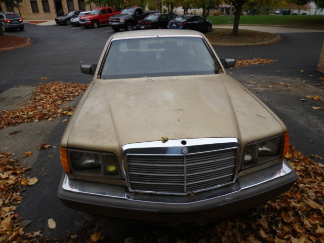 1985 Mercedes-Benz 500-Series