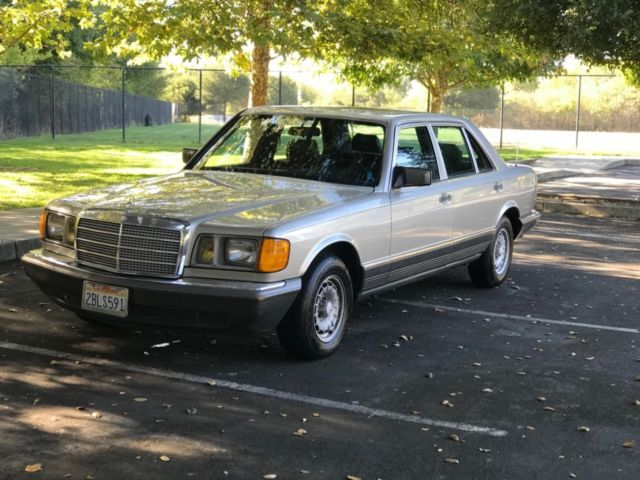 1985 Mercedes-Benz 500-Series SEL