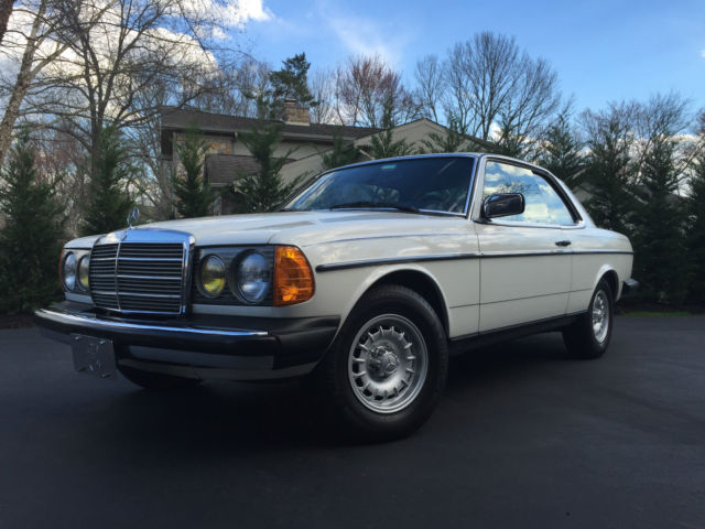 1985 Mercedes-Benz 300-Series 300 CD Coupe