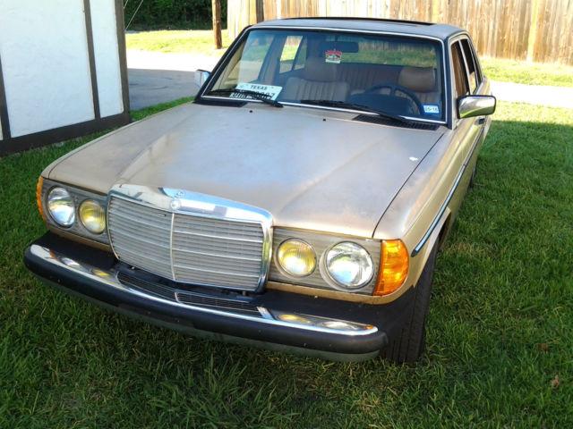 1985 Mercedes-Benz 300-Series Turbo Diesel