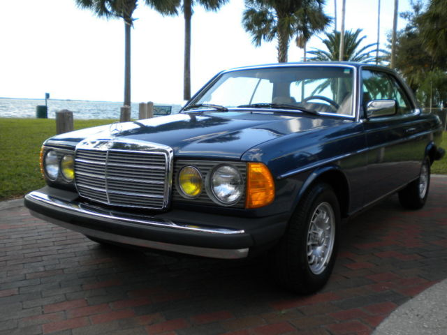 1985 Mercedes-Benz 300-Series 300CD COUPE