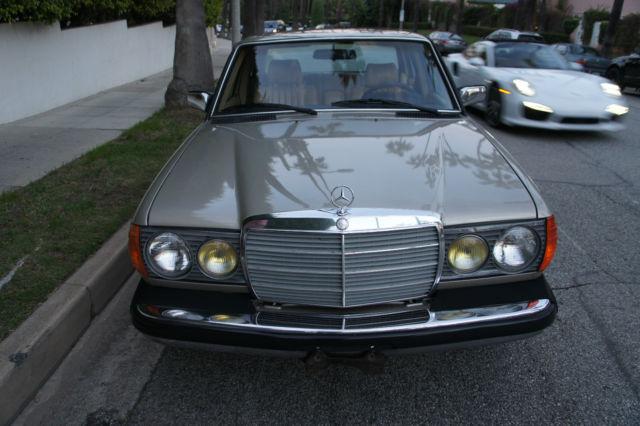 1985 Mercedes-Benz 300D Turbo Diesel Rare Smoke Silver - Low
