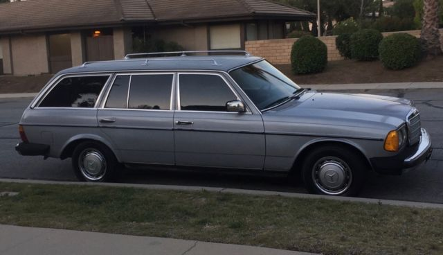 1985 Mercedes Benz 300TD Diesel Wagon for parts or repair
