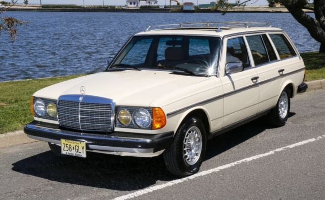 1985 Mercedes-Benz 300-Series Station wagon