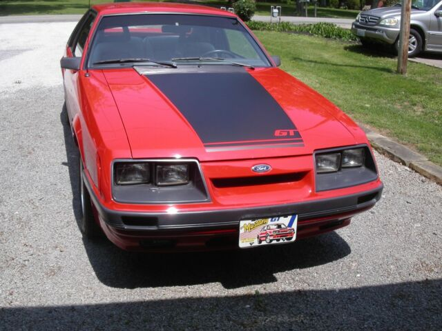 1985 Ford Mustang black