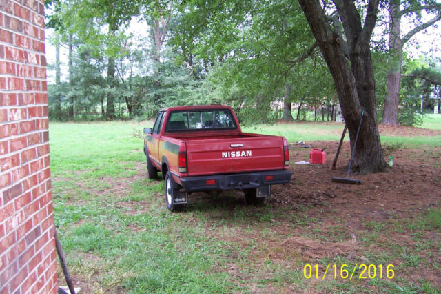 1985 Nissan Other Pickups NISSAN KING CAB ST 4X4