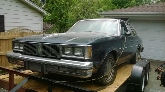 1985 Oldsmobile Cutlass Supreme 4-Door Parts Car or fixer