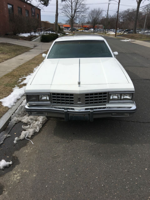 1985 Oldsmobile Eighty-Eight brougham