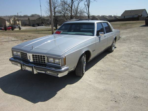 1985 Oldsmobile Eighty-Eight LS