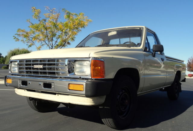 1985 Toyota Other Hilux Pickup