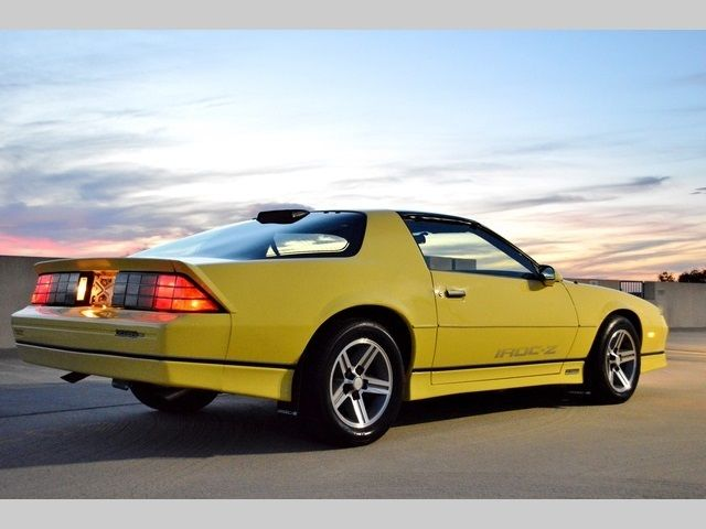 1986 chevrolet camaro iroc z28 automatic 2 door hatchback for sale photos technical. Black Bedroom Furniture Sets. Home Design Ideas