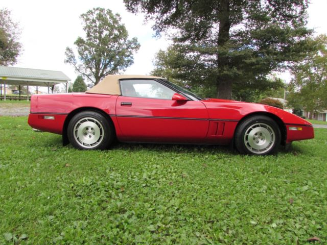 1986 Chevrolet Corvette Convertible Pace Car Red Low Miles
