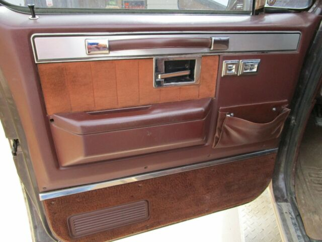 1986 Brown Chevrolet Silverado 3500 REG CAB with Brown interior