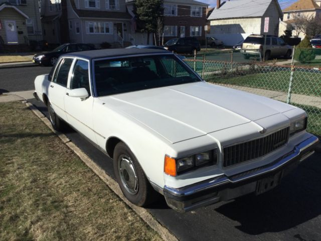 1986 Chevy Caprice Classic 51K 1 Owner White/Blue Loaded No