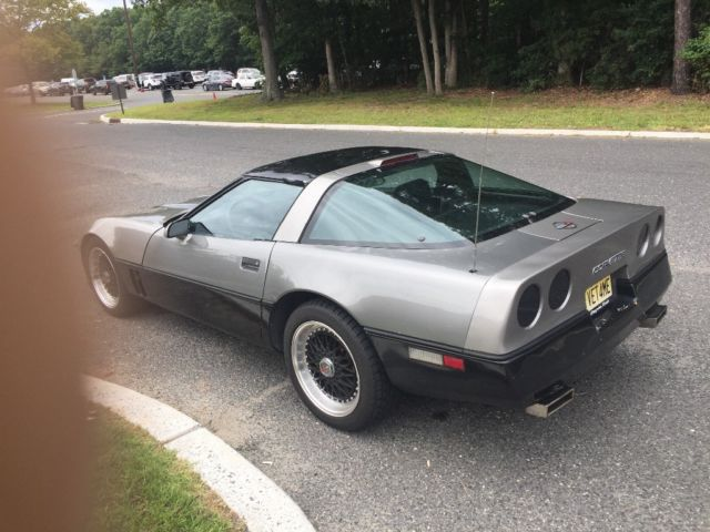 1986 Graphite black two tone Chevrolet Corvette Base coupe Coupe with Gray interior