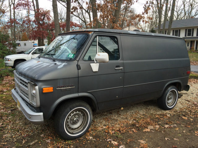1986 chevy g20 shorty shortie van 20k original miles rust. Black Bedroom Furniture Sets. Home Design Ideas
