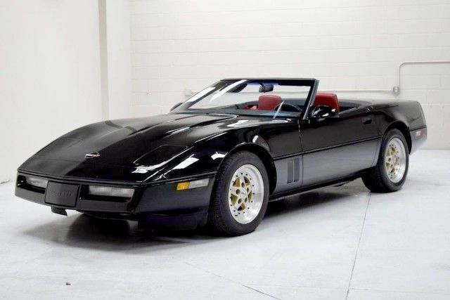 1986 Chevrolet Corvette Indianapolis 500 Pace Car Convertible 2-Door