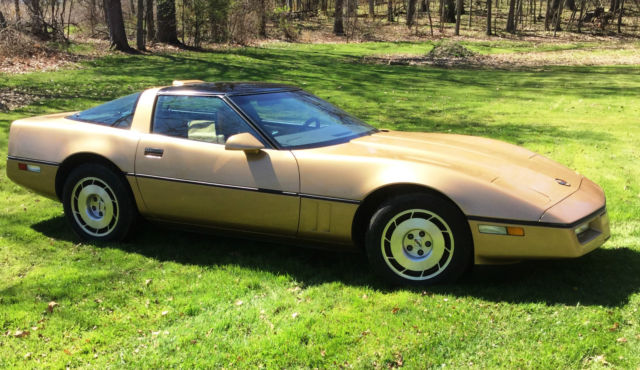 1986 Chevrolet Corvette 2 Dr Coupe, Hatchback