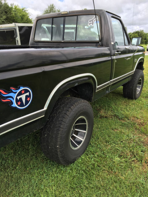 1986 ford f 150 xlt lariat pickup 2 door 5 8l for sale for Ford f150 paint job cost