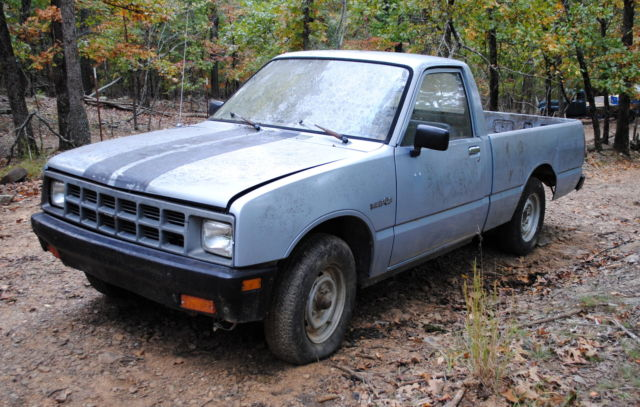 1986 Isuzu PuP Pickup Truck Base Standard Cab Pickup 2-Door
