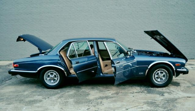 1986 Jaguar XJ6 Base