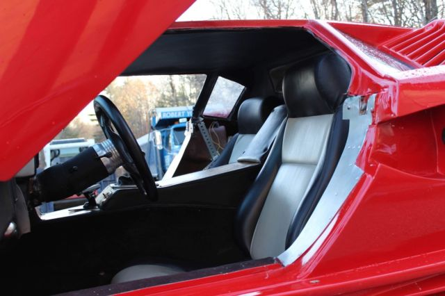 1986 Red Lamborghini Other Coupe with Black interior