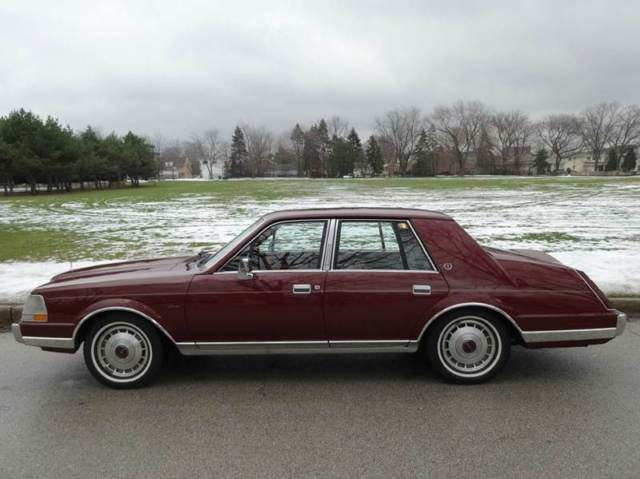 1986 Lincoln Continental Base 4dr Sedan