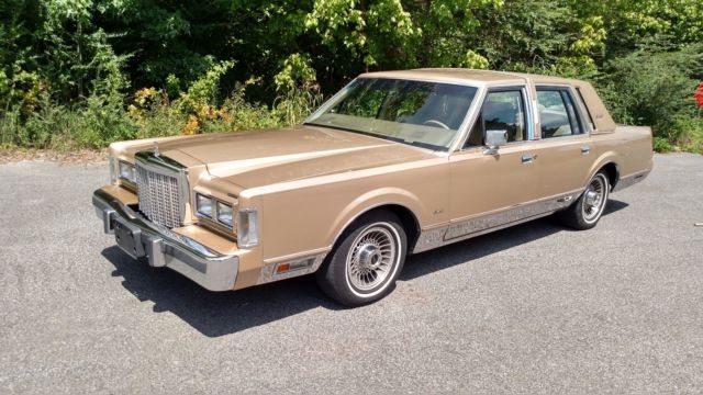 1986 Lincoln Town Car Signature Series Clean Excellent Car 84k For