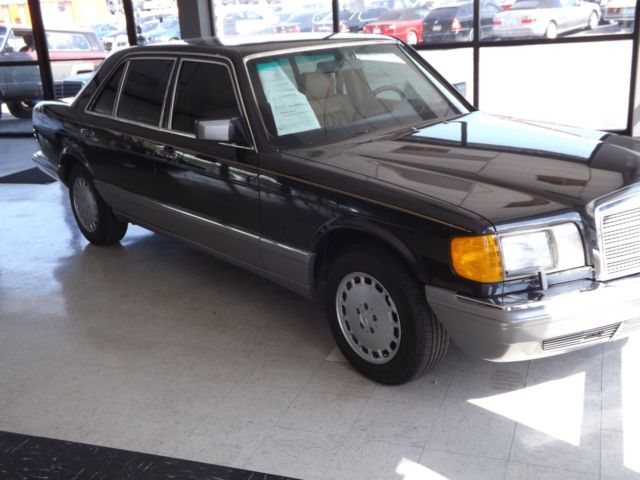 1986 Mercedes-Benz 300-Series w126
