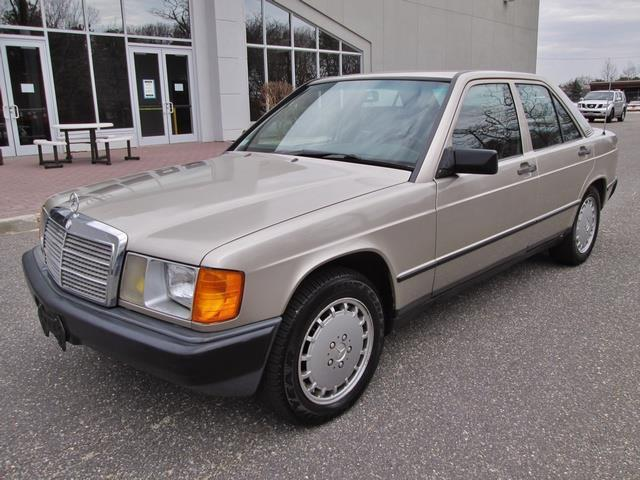 1986 Mercedes-Benz 190-Series 190D 2.5