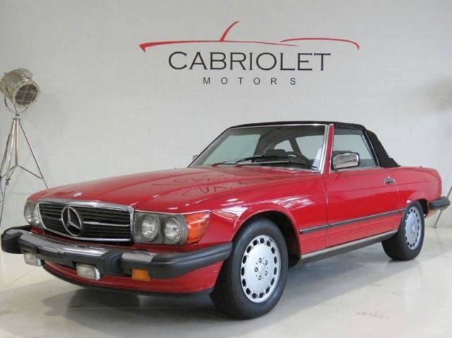 1986 Mercedes-Benz 500-Series 560SL 2dr Convertible