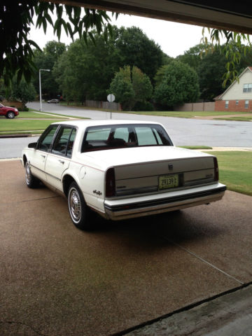 Oldsmobile Regency Brougham