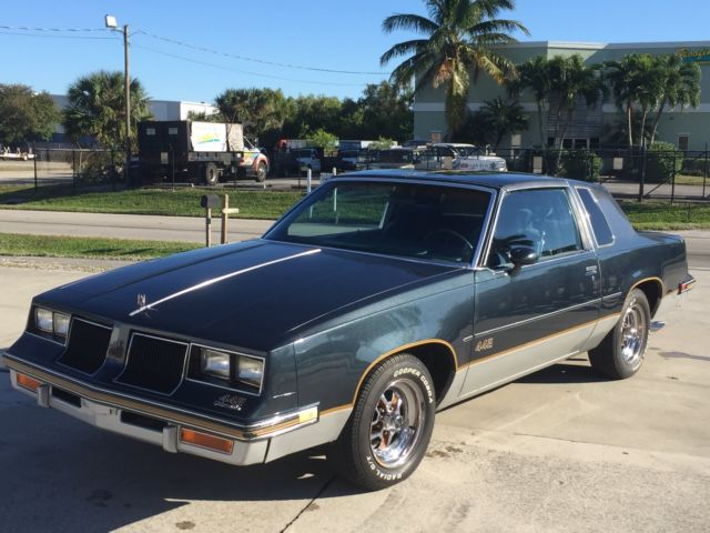 1986 Oldsmobile 442 T-top